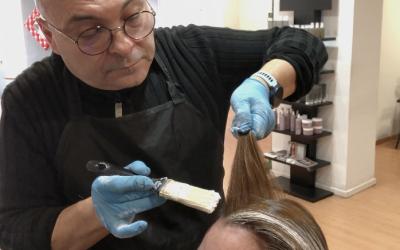 Como rectificar un cabello amarillo e iluminar la zona frontal