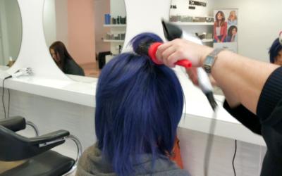 Como hacer una cabello azul con Mechas